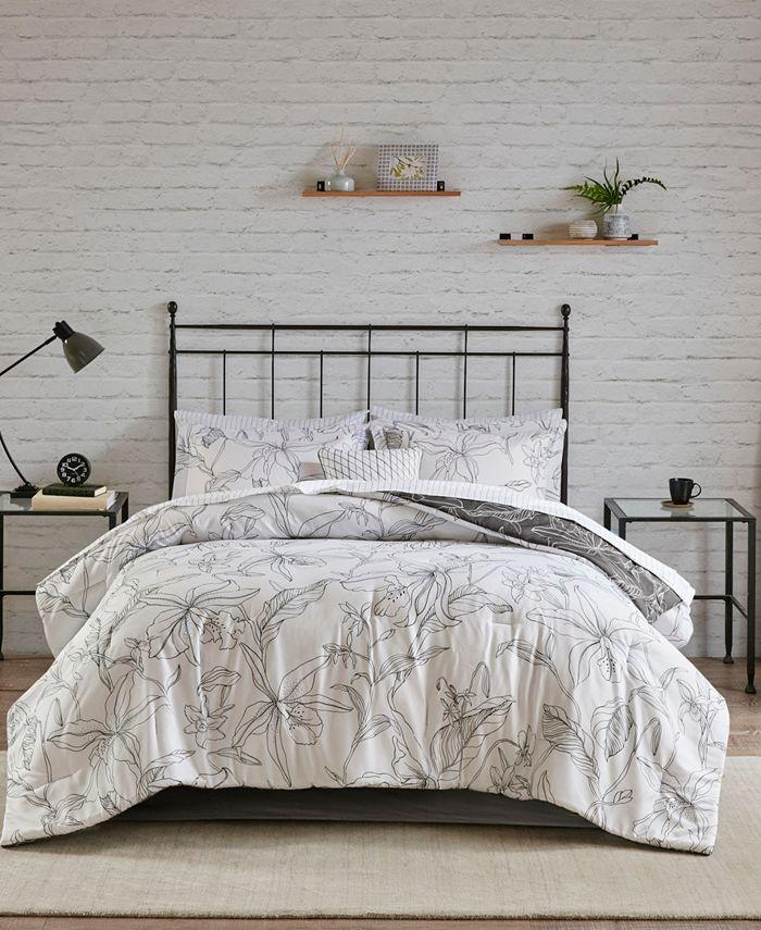 Madison Park Essentials - Lilia Reversible Complete bedding set with Cotton Sheet