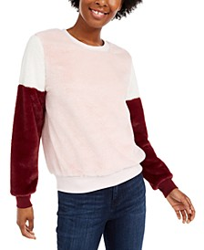 Juniors' Colorblocked Faux Fur Pullover