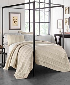 Whitehills King Quilt Set