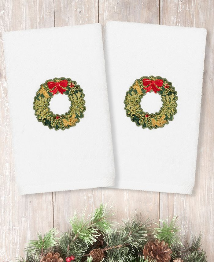 Linum Home - Christmas Wreath Embroidered 100% Turkish Cotton 2-Pc. Hand Towel Set