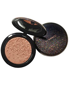 Starring You Opalescent Highlighter Powder