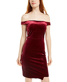 Juniors' Off-The-Shoulder Glitter Velvet Dress