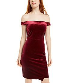 Juniors' Off-The-Shoulder Glitter Velvet Dress