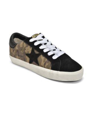 Medium Corporal Low Top Sneakers