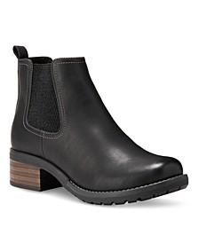 Eastland Jasmine Chelsea Boots