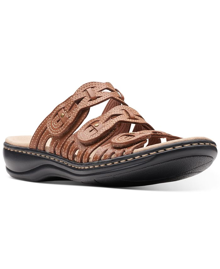 Clarks - Women's Leisa Faye Flat Sandals