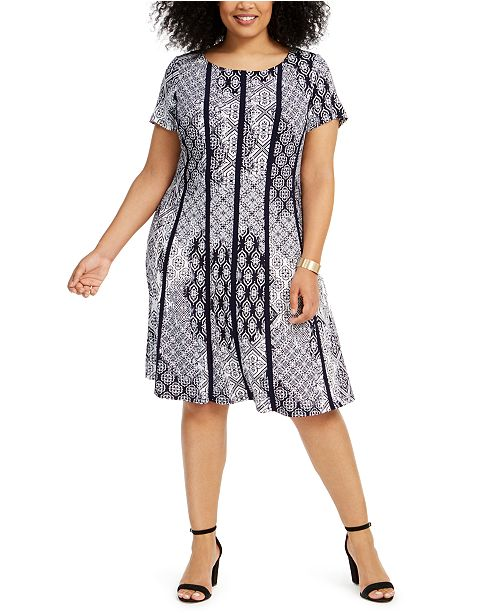 Connected Plus Size Piped Fit & Flare Dress