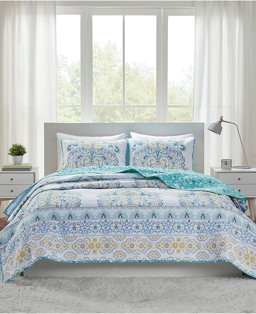 Intelligent Design Tatiana Reversible 3-Piece Full/Queen Coverlet Set