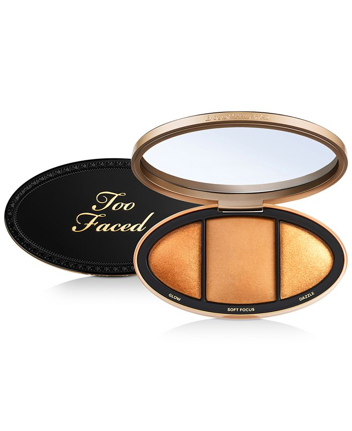 Too Faced - Born This Way Turn Up The Light Highlighting Palette