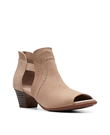 Collection Women's Valarie Trail Shooties