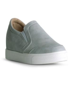 Amaze Slip On Wedge Sneaker Women's Shoes