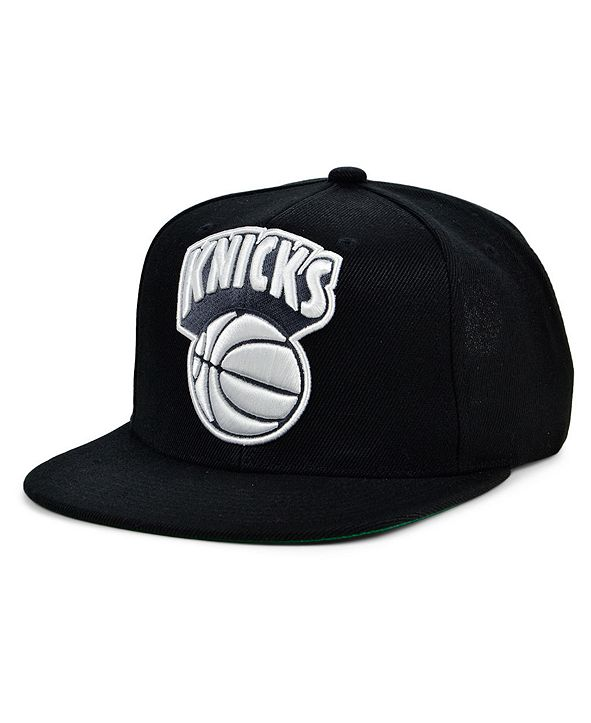 Mitchell & Ness New York Knicks HWC XL Black Dub Snapback Cap