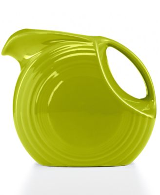 Lemongrass 67.75-oz. Large Disk Pitcher