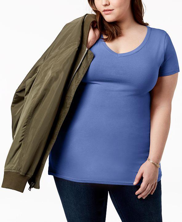 Aveto Trendy Plus Size Fitted V-Neck T-Shirt