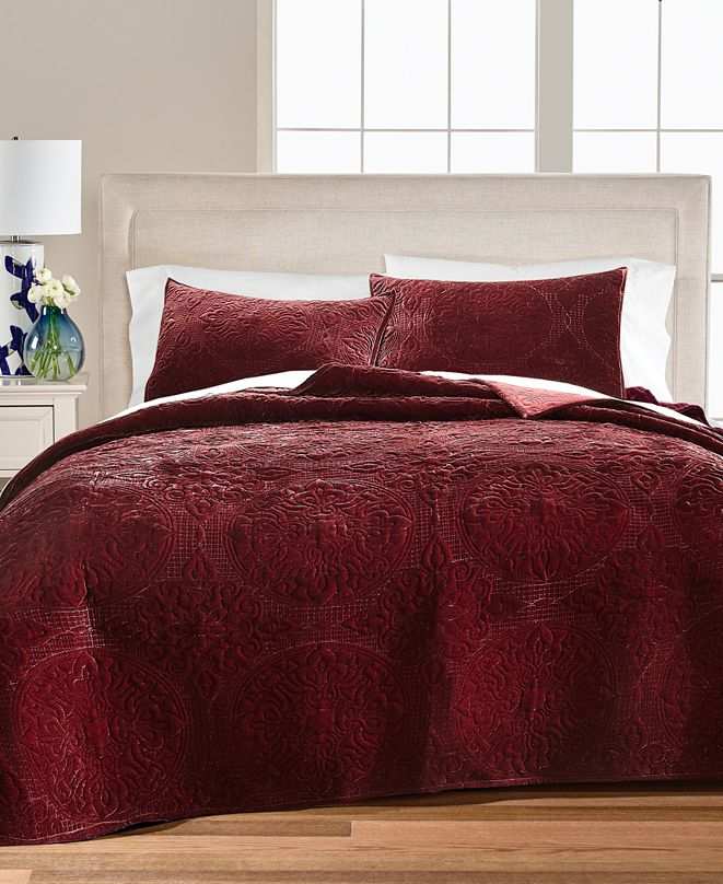Martha Stewart Collection Medallion Tufted Velvet Full/Queen Quilt, Created for Macy's