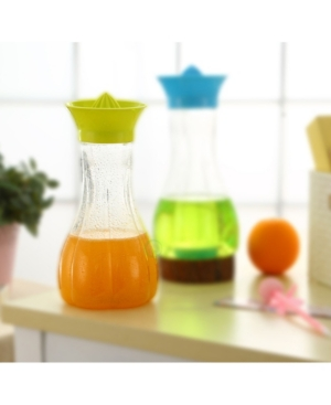 Vintiquewise Manual Hand Citrus Juicer with Bottle and Storage Lid