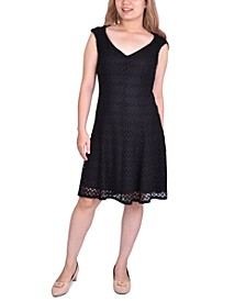 Petite Lace Cap-Sleeve Dress