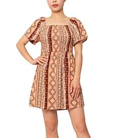 Juniors' Smocked Short-Sleeve Dress