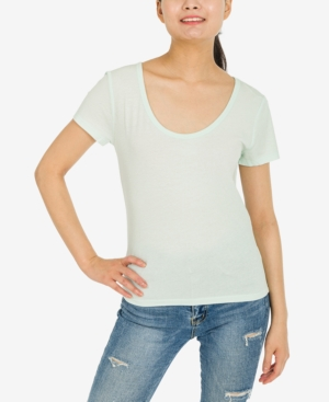 Juniors' Scoop-Neck T-Shirt