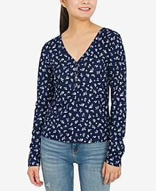 Juniors' Floral-Print Henley Top