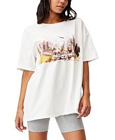 Women's Oversized Graphic T-shirt