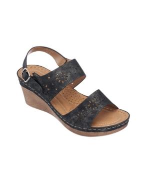 Cynthia Wedge Sandal Women's Shoes