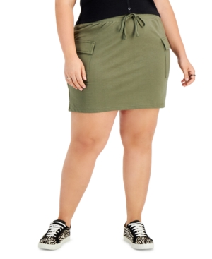 Trendy Plus Size Cargo Skirt