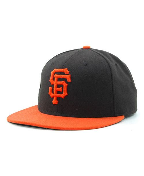 low priced 9e512 921d0 San Francisco Giants MLB Authentic Collection 59FIFTY Fitted Cap. Be the  first to Write a Review.  25.99