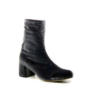 Women's Day Tripper Booties Women's Shoes
