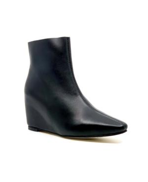 Women's Wow Wedge Booties Women's Shoes