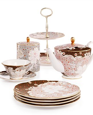 Wedgwood Daisy Tea Story Collection