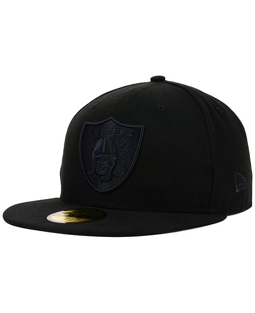 big sale afe03 92e82 ... New Era Oakland Raiders NFL Black on Black 59FIFTY Fitted Cap ...