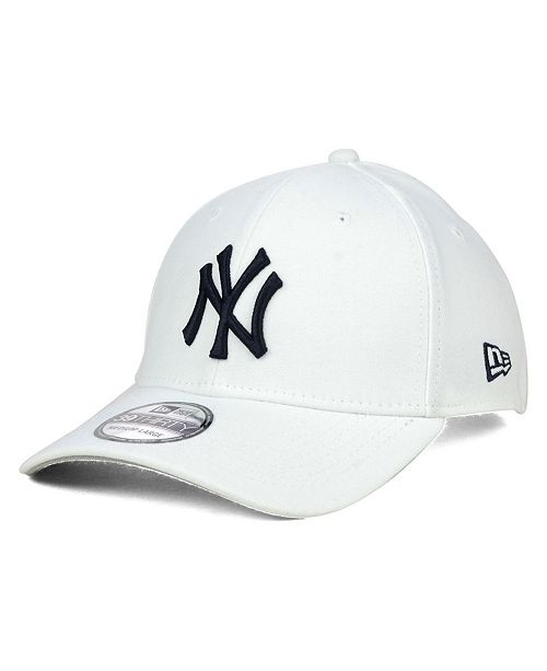 875c8faad New York Yankees Core Classic 39THIRTY Cap