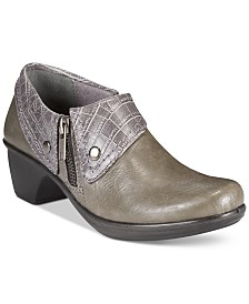 Easy Street Darcy Clogs