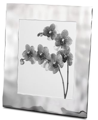 """Reflective Water 8"""" x 10"""" Picture Frame"""