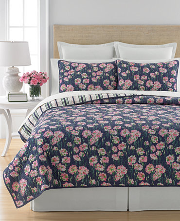 closeout martha stewart collection carnation field quilts and shams only at macy 39 s quilts. Black Bedroom Furniture Sets. Home Design Ideas
