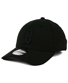 New Era Boston Red Sox Black on Black Classic 39THIRTY Cap