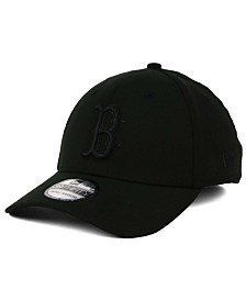 New Era Boston Red Sox Black on Black Classic 39THIRTY Cap