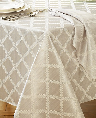 Lenox Laurel Leaf Table Cloth Collection
