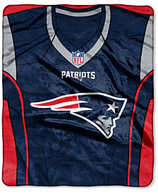 Northwest Company New England Patriots Jersey Plush Raschel Throw