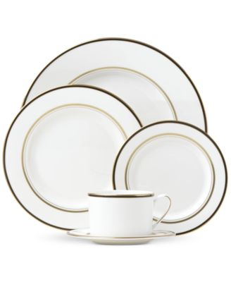 Library Lane Black Collection 5-Piece Place Setting