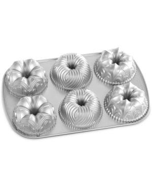 Nordic Ware Garland Bundt Pan 4631730
