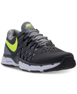 nike mens shoes wide