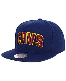 Mitchell & Ness Cleveland Cavaliers XL Logo Snapback Cap