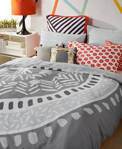 Scribble Medallion Bedding Collection