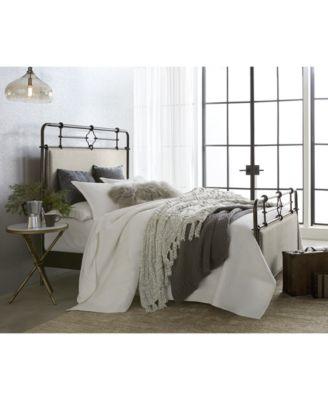 Portos Metal Queen Bed