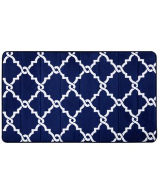 "Merritt Reversible 24"" x 40"" Fretwork-Print Memory Foam Fleece Bath Rug"