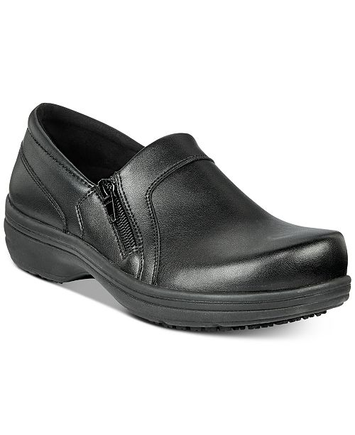 Easy Street Easy Works By Women's Bentley Slip Resistant Clogs