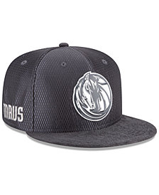 New Era Dallas Mavericks On-Court Graphite Collection 9FIFTY Snapback Cap