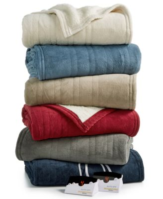 Microplush Reverse Faux Sherpa Heated Queen Blanket